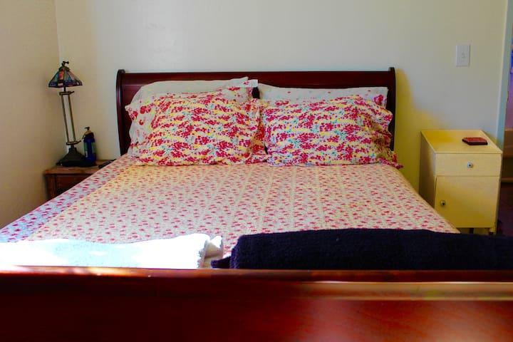 Bedroom 1, with queen bed