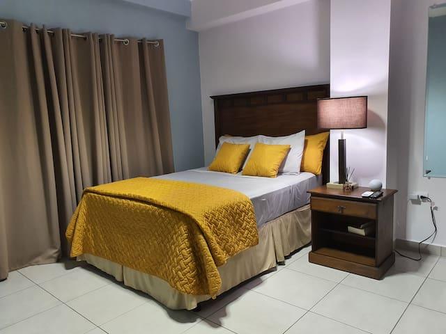 Habitación principal/ Master bedroom.