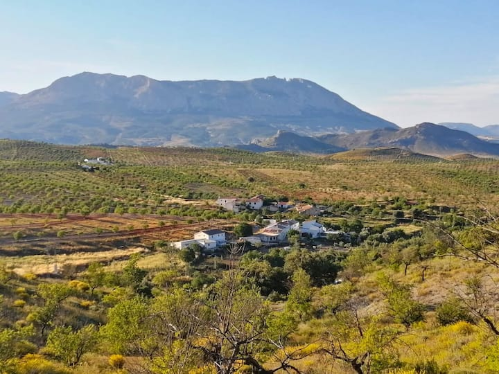 Bolaimi- Dom na andaluzyjskiej wsi, u podnóża gór!