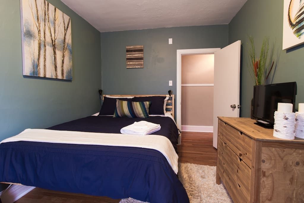 The Blue Suite with Queen sized bed and lovingly selected design elements