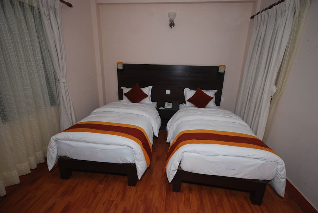 Twin Bed Deluxe with balcony