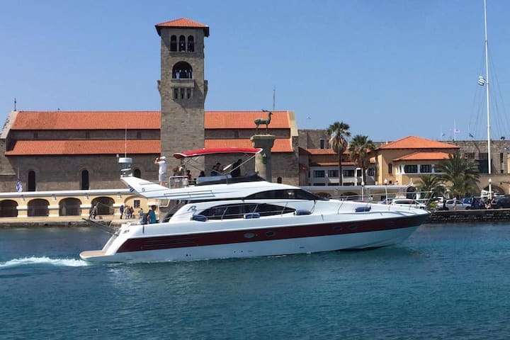Yacht M/Y Prestige, Rhodes in Greece