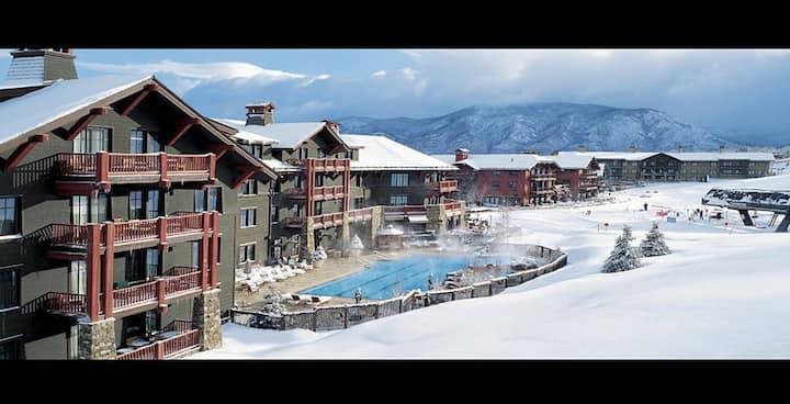 Ski in/Ski out Luxury Ritz Carlton Club