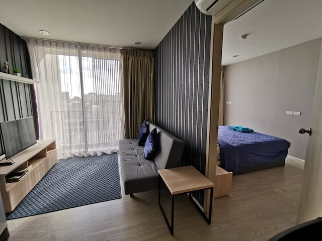 Brand New 1 Bedroom Unit on Nimmanhaemin Soi 5