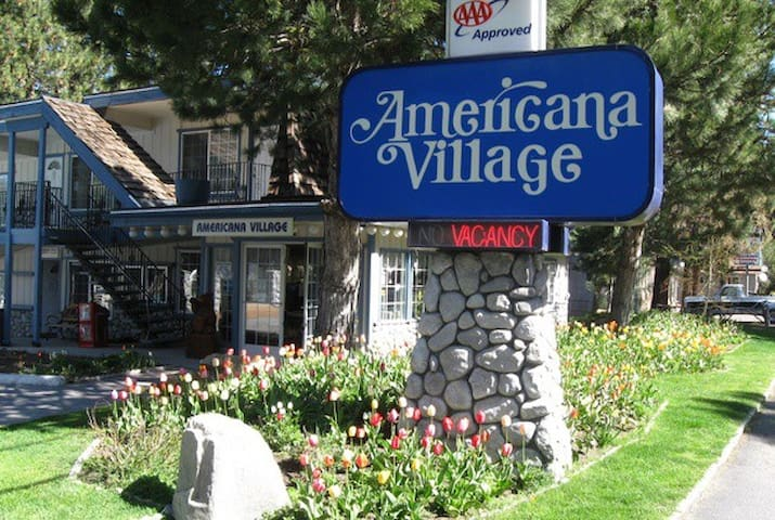 Studio Americana Village close to Heavenly Gondola