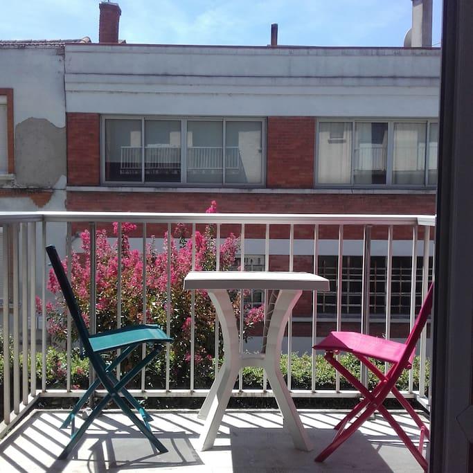 Grand balcon ou petite terrasse !