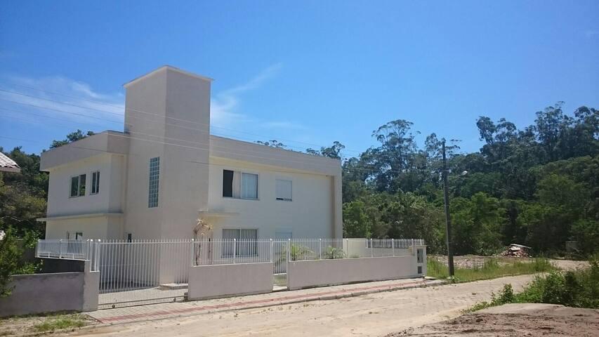 Casa para temporada em Canasvieras SC
