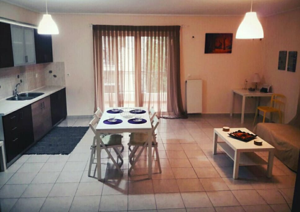 Cozy-new constructed rooms in Athens heart