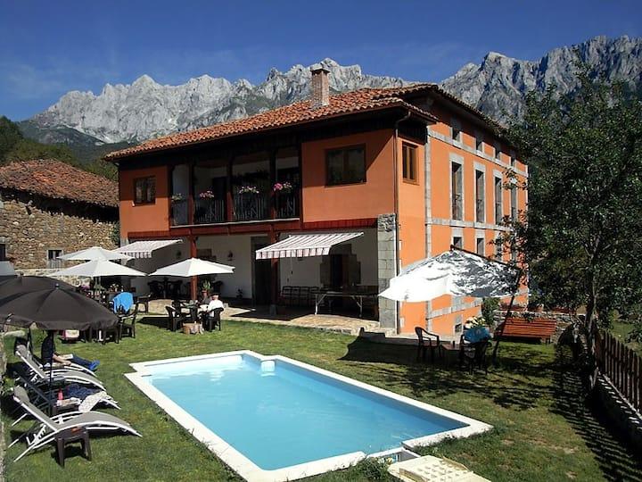 Apartamentos La Casa de Adriana (1)