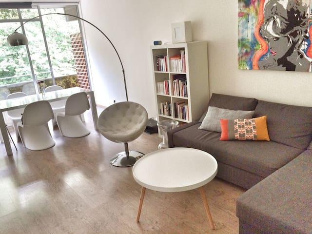 Appartement studio terrrasse - เจตเต้