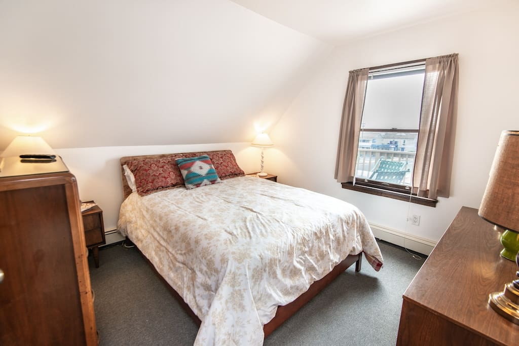 Floor 3 bedroom 1