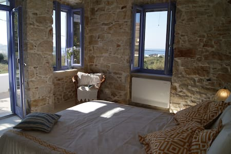 Seaside/rural stone villa - syros island