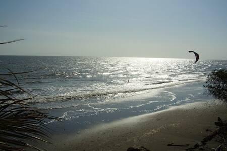 2 single beds for carnival Estero Beach LA TORTUGA - Slaapzaal