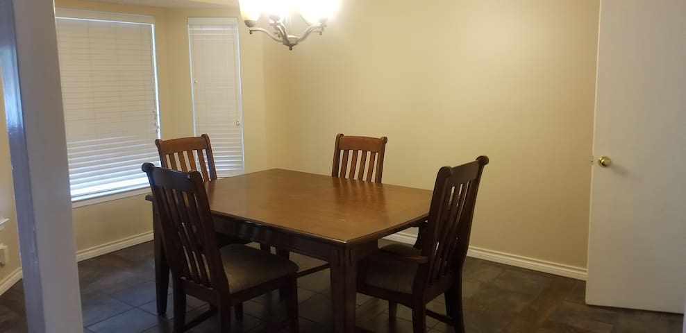 Formal dining or office area