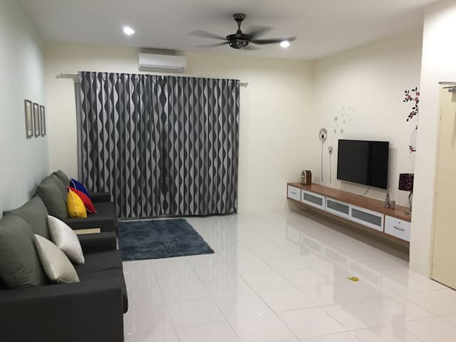 Kt Cozy Lodge (Home Stay) ~ Fresh Air登嘉楼小阁 - Kuala Terengganu - Apartament