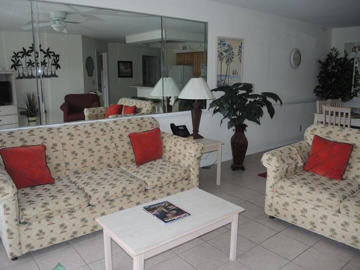 2605 2 Bedroom Villa