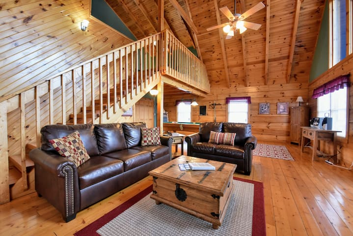 Reservations for Two Cabin- Perfect Location