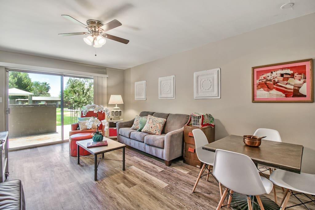 Mid century modern uptown phoenix two bedroom 150 2 bedroom apartments in phoenix arizona