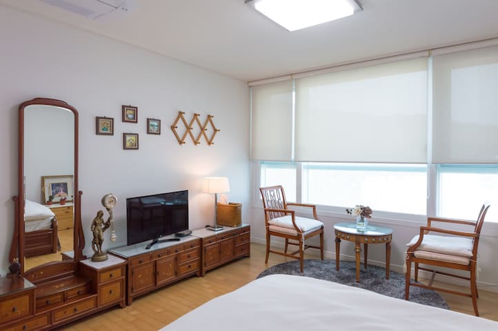 Centum City near Haeundae, Busan; double bed Room