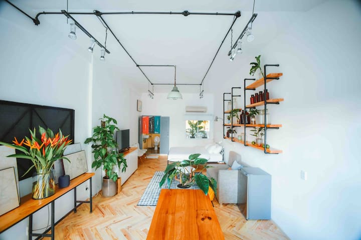 The Terrace [10]— Bright and Airy in DT Saigon