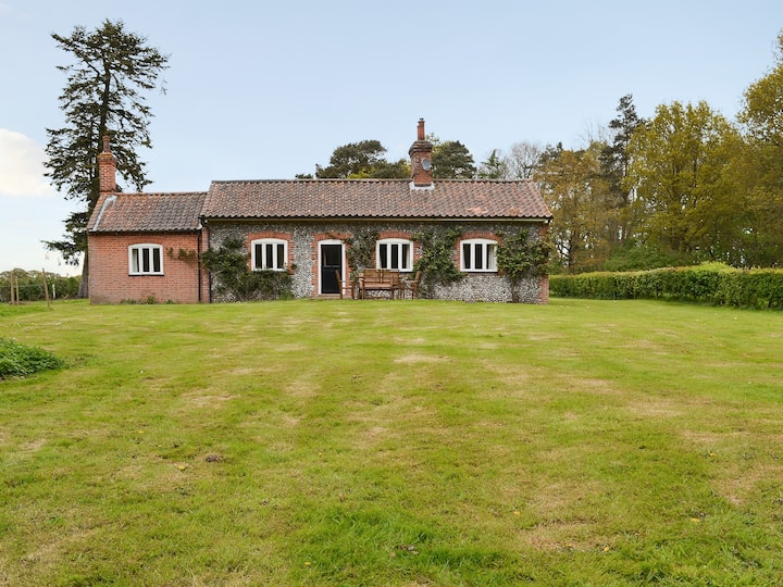 Keeper's Cottage (UKC1931)