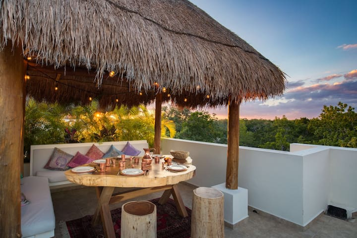 CASA LUZ TULUM- beautiful PH with private roof top