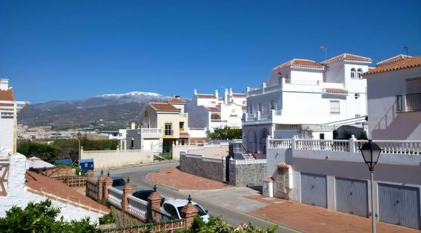 Vermiete zwei wunderschöne Ferienzimmer - Torre del Mar - Maison