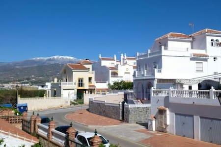Vermiete zwei wunderschöne Ferienzimmer - Torre del Mar - House