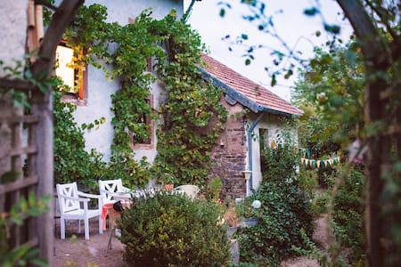 """Denkmalgeschütztes Eifelhaus  """"Casa Mirabella"""""""