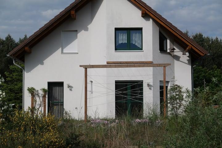 Haus am Wald mit Sauna, Radeburg 15 min - Dresden