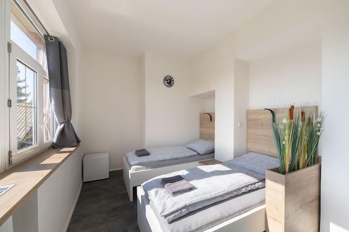 Apartsee Plzeň - 3. Pokoj s oddělenými postelemi
