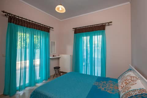 Xenia's apartments in Alepou (Alexandros)
