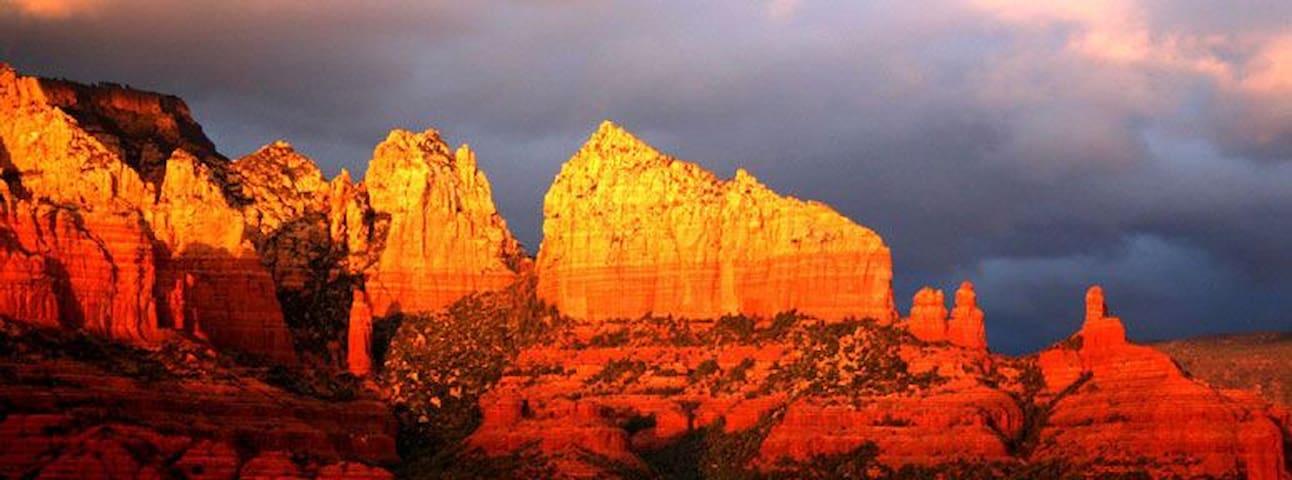Uniquely Beautiful Heart of Sedona Awesome Views! - Sedona - Dom
