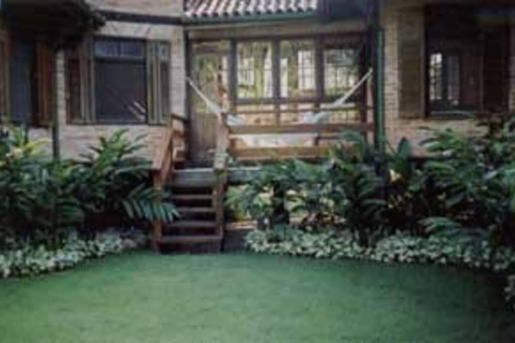 Jardim Lateral Esquerda