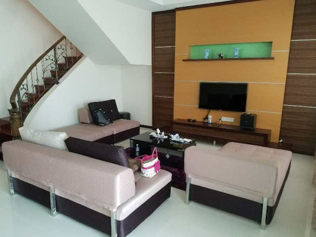 AMAZING X HOMESTAY ROOM 1