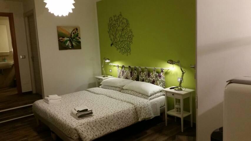 B&B Il MURICE  Green room, affacciato sul Golfo