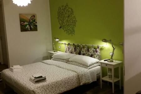 B&B Il MURICE  Green room, affacciato sul Golfo - Vezzano Ligure - Bed & Breakfast