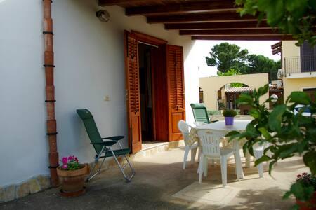 Casa Cantarra, Cornino - Custonaci