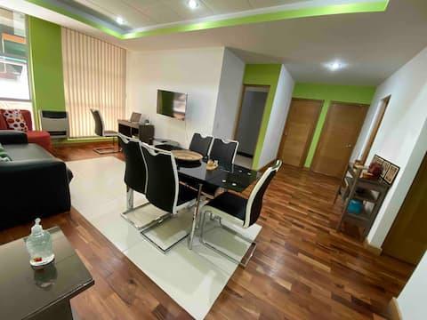 Hermoso apartamento con excelente ubicación.