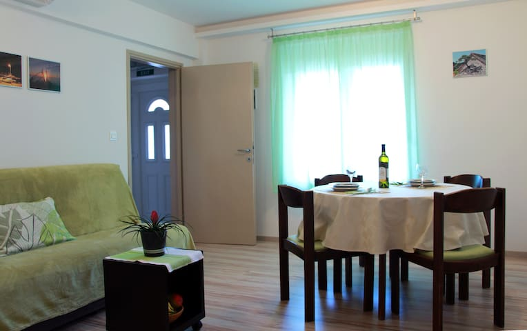 Apartment Ljubica, ideal for your next adventure - Kaštel Gomilica - Appartement