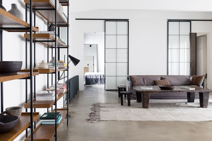 STYLISH & SPACIOUS LOFT - UPSCALE LIVING IN VIENNA