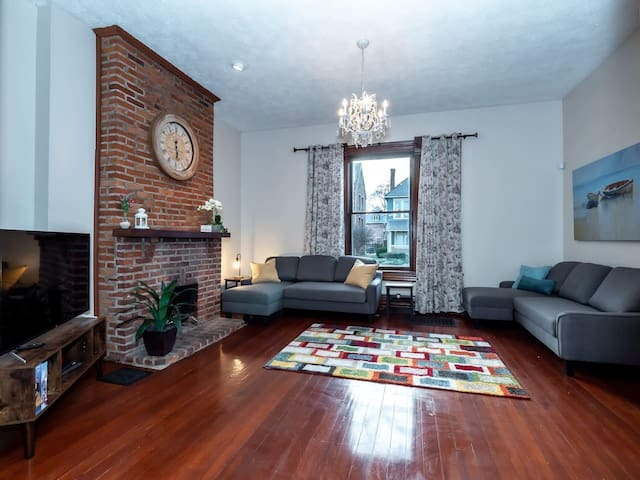 Stunning Home in the Short North Close to Downtown