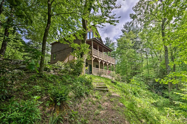 Cabin with 22 Acres & Patio - 3 Mi to Blowing Rock
