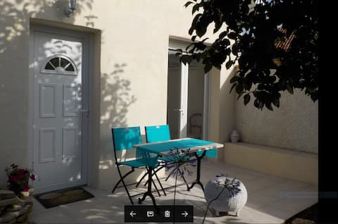 Studio indépendant dans jardin, tout confort