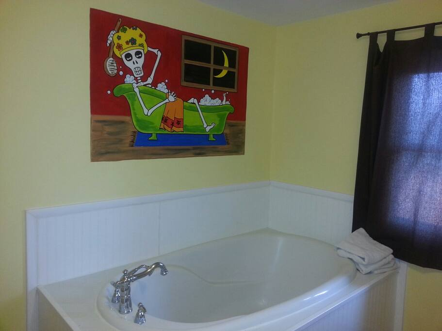 Master Tub/ Shower