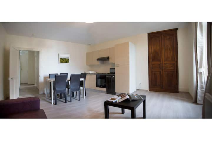 Appartement rénové 2 pièces centre ville, au calme