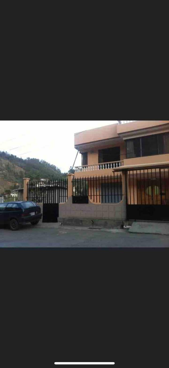 Cuarto en Azogues Ecuador