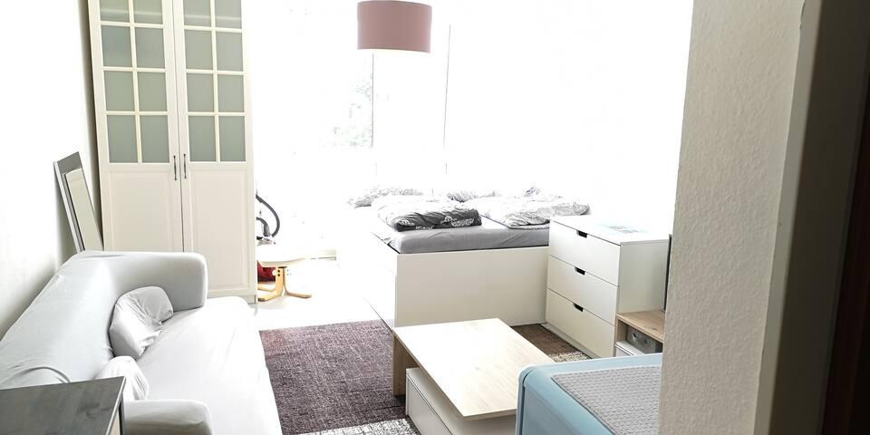 Wohnung Apartment Unterkunft  Köln City nahe Messe