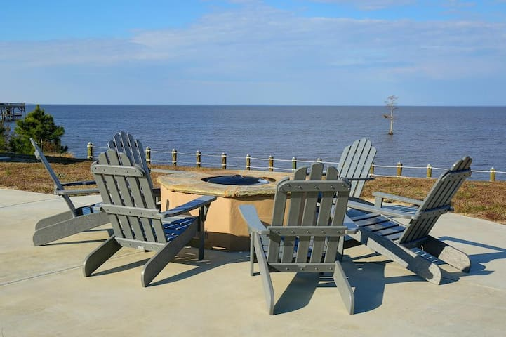 Albemarle Sound 2BDR/2BA Condo for 6 from $239