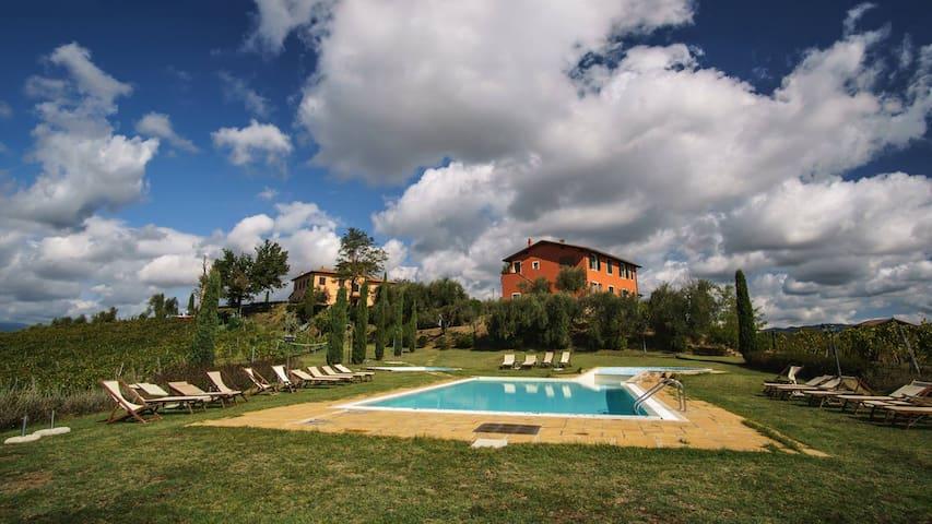 Agriturismo tra Pisa e Firenze - Stabbia- Cerreto Guidi - Lägenhet